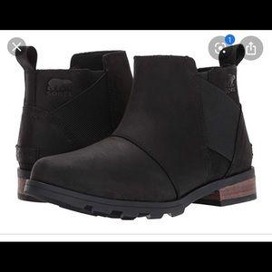Sorel Emelie Boots - 8.5